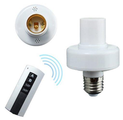 Đui đèn thông minh điều khiển từ xa